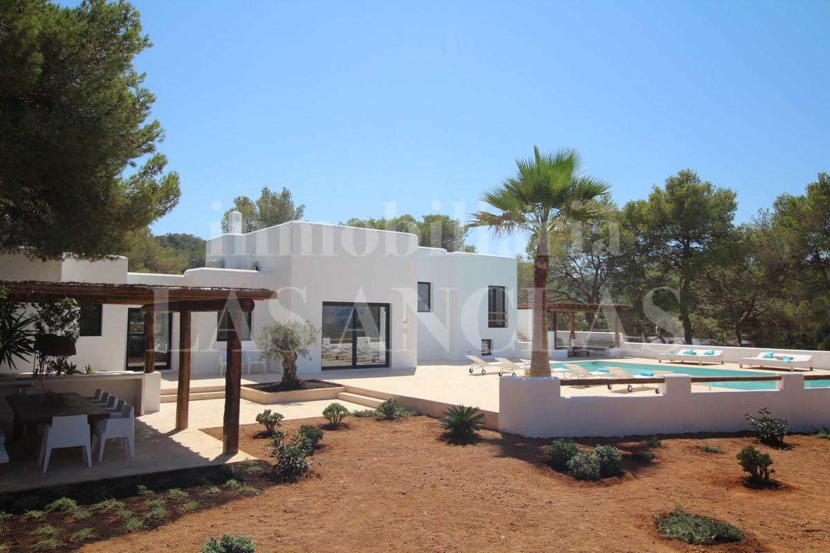 Ibiza rural country fincas farm houses and mansions for Ibiza country villas