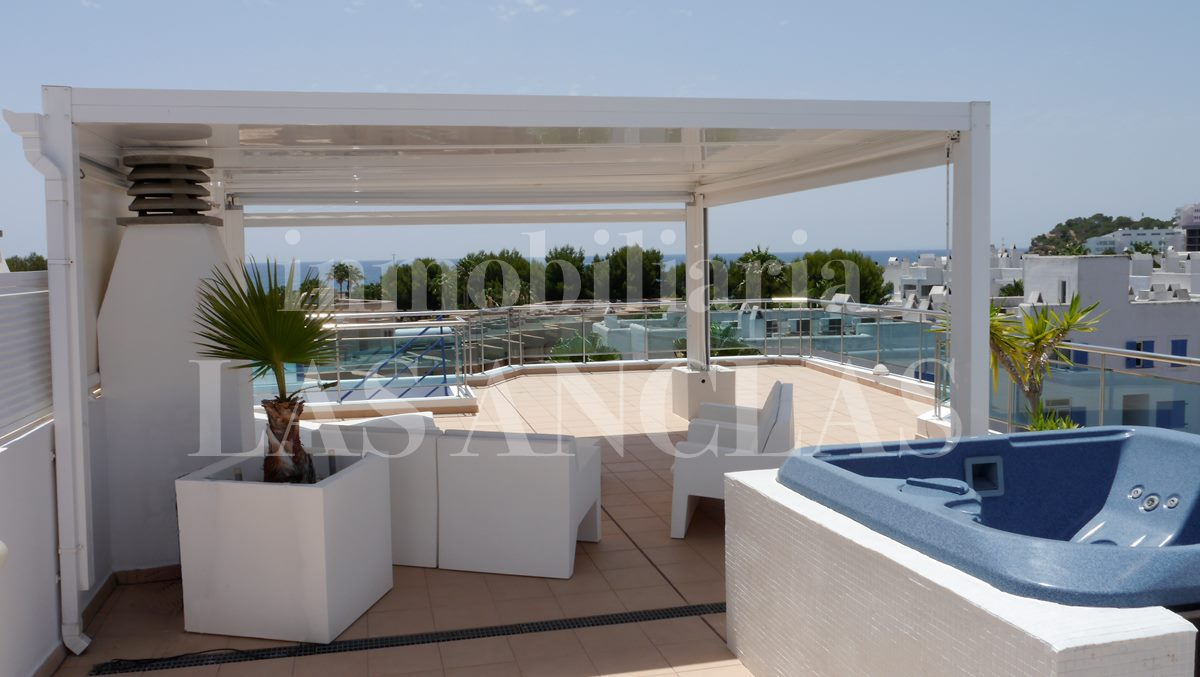 Private oasis to relax - penthouse flat in Santa Eulalia Ibiza for sale
