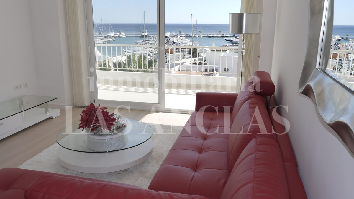 living room with dreamlike views - flat / apartment in Santa Eulalia Ibiza for sale