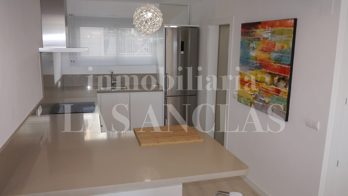 fully fitted kitchenwith ample storage room - flat / apartment in Santa Eulalia Ibiza for sale
