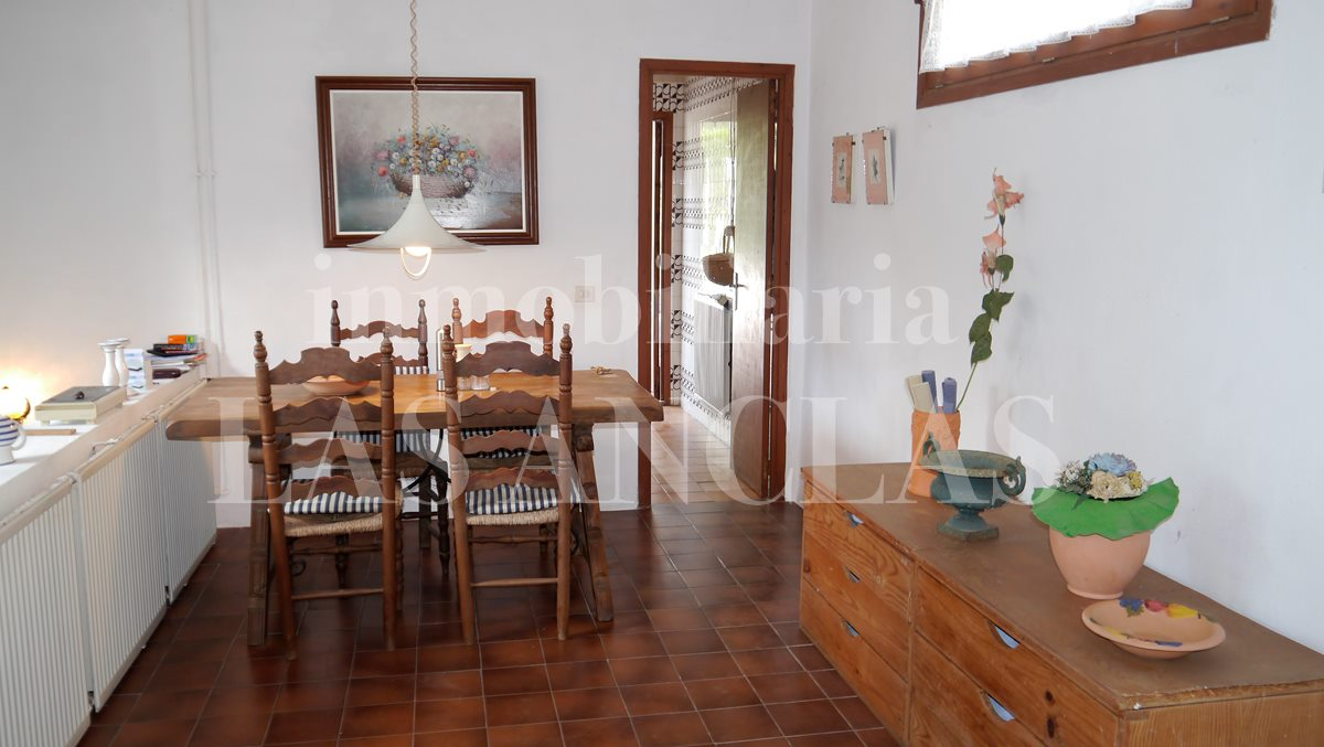 Ibiza Jesús - Rustic house in need of full renovation in demanded and central location for sale