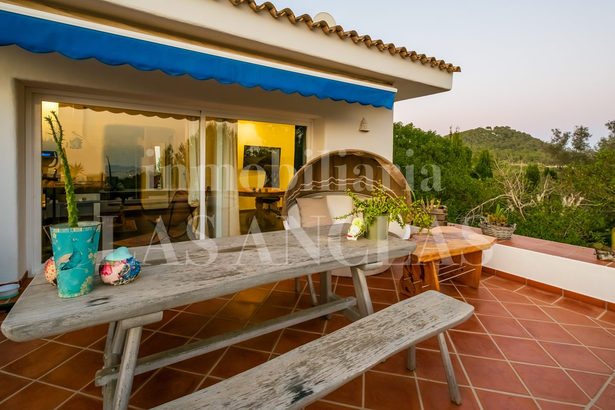 Ibiza Jesús - House with 2 independent flats and fantastic views to the sea and Dalt Vila for sale