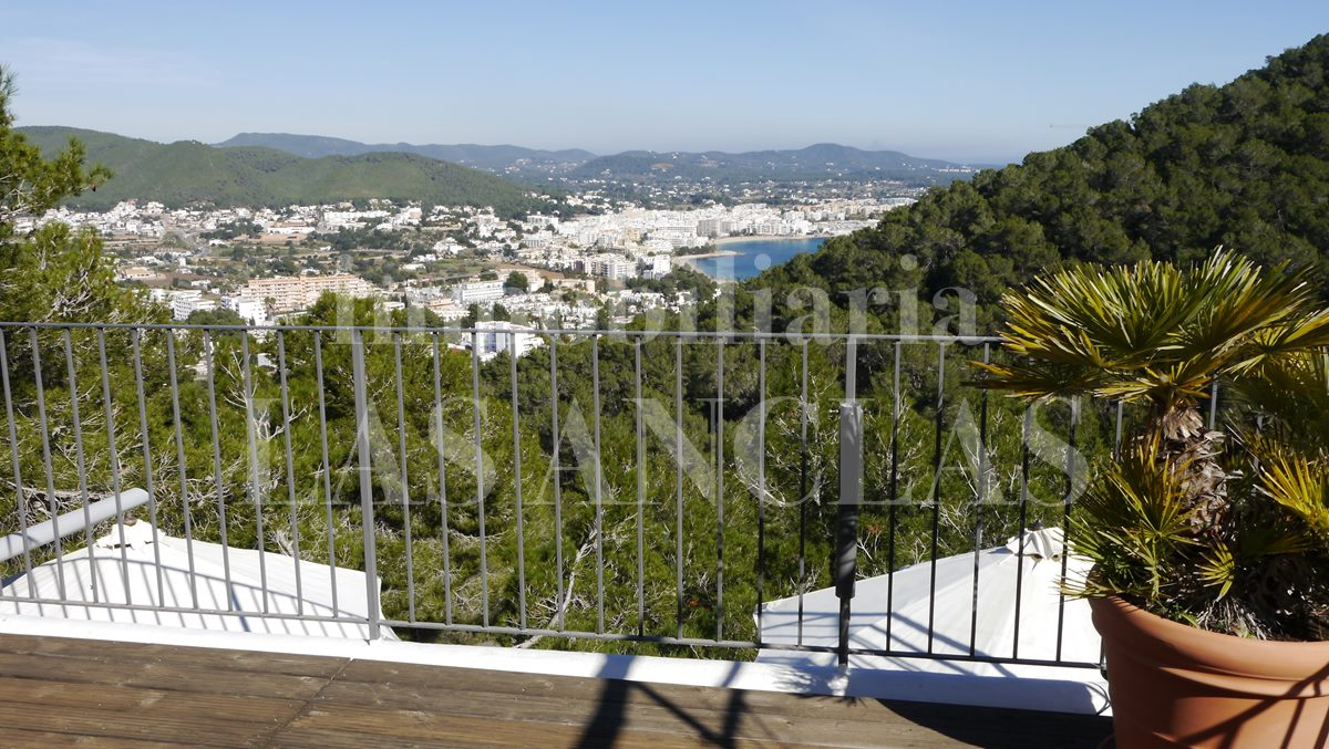 house at slope site in Siesta Ibiza for sale