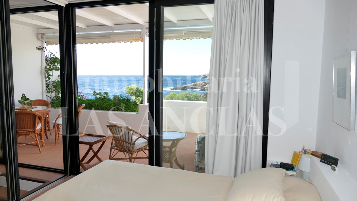 Ibiza Roca Llisa - Lover's object! Magical terraced house right by the sea for sale