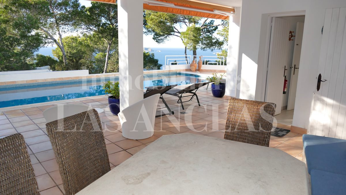 Ibiza west coast - Touristic rental license! Sunlit villa with fabulous sea views for sale