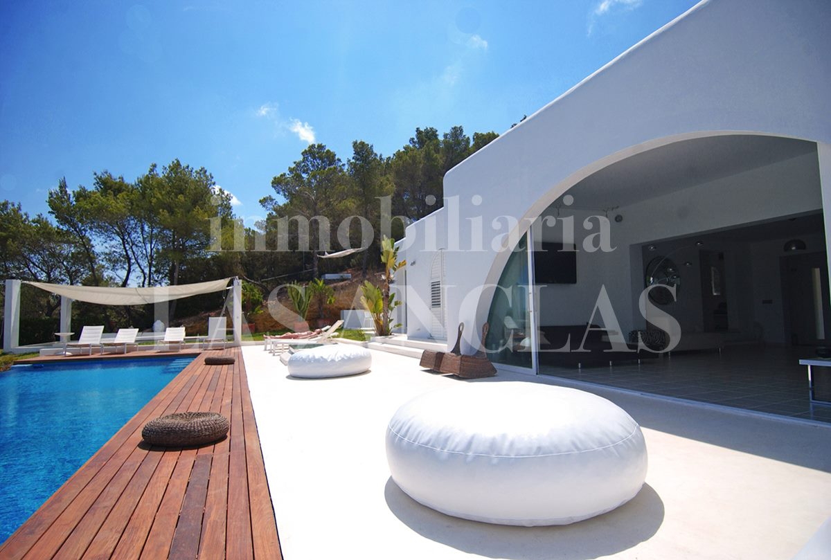Ibiza west coast - Unbeatable panoramic sea views, sunsets and touristic rental license for sale