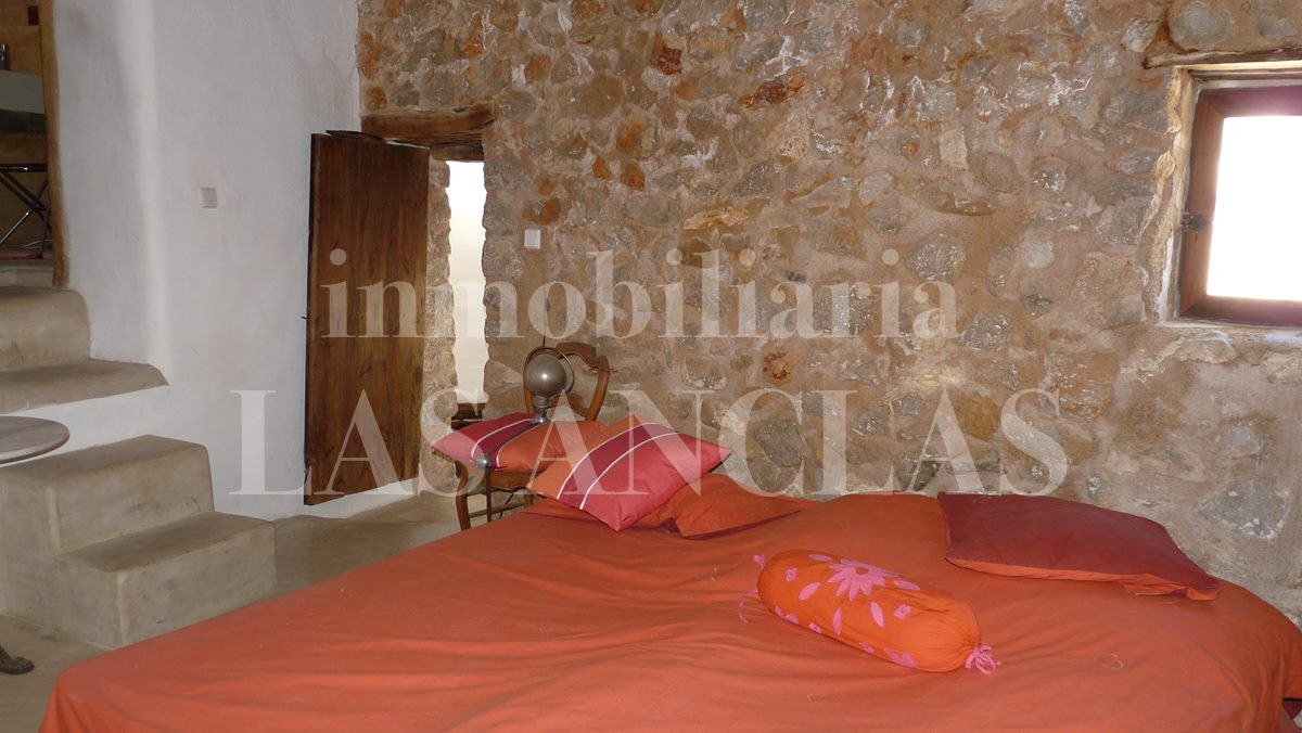 Ibiza San Mateo - Ideal for yoga and meditation courses! Authentic, completely refurbished finca for sale