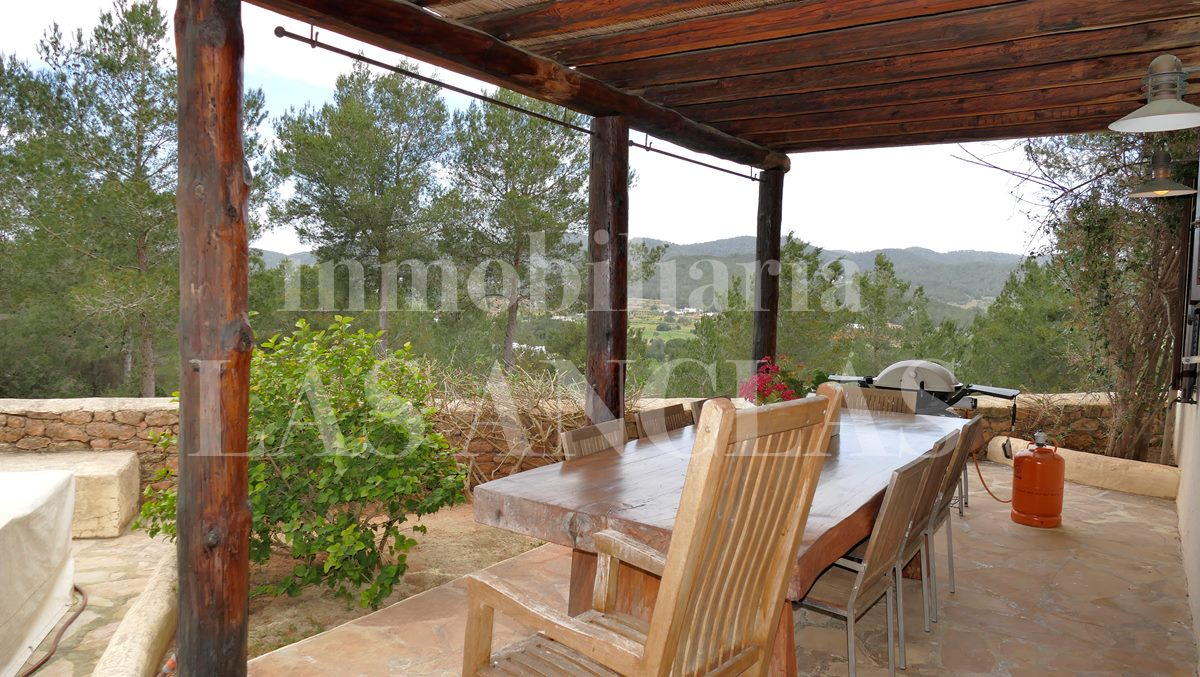 Ibiza San Rafael - Large country house with 8 bedrooms and 2 separate plots of land for sale