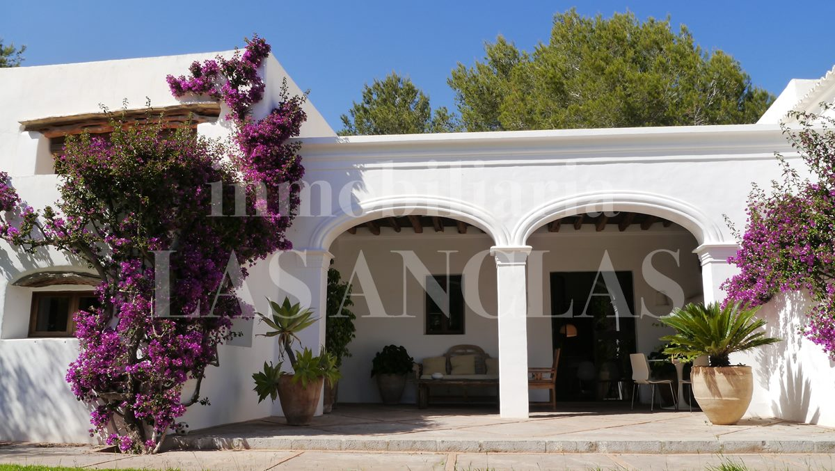 with Sabina wood elegantly covered access - authentic finca mansion in San Lorenzo Ibiza for sale