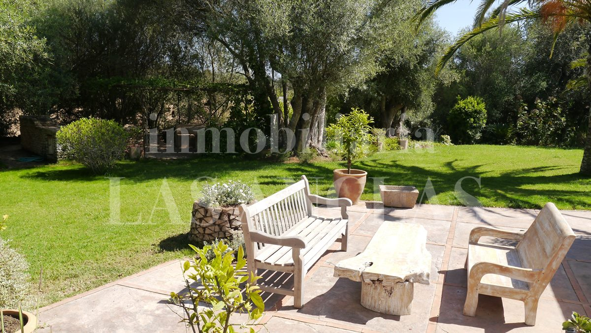 luxuriant garden - authentic finca mansion in San Lorenzo Ibiza for sale