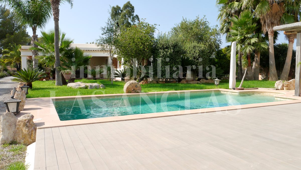 Ibiza San Juan - Touristic renatal license! Countryside home with studio in quiet location for sale
