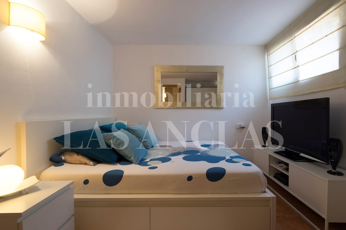 corner terraced house in Ibiza / Eivissa for sale