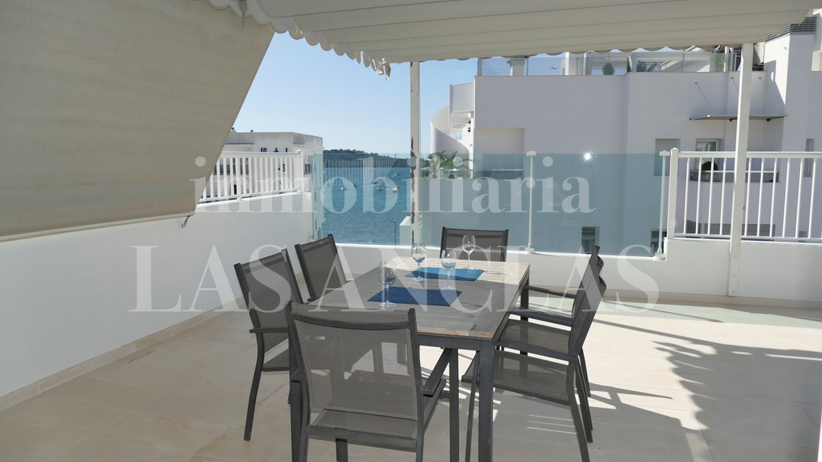 Ibiza Talamanca - Spacious 4-bedroom-penthouse flat with impressive terrace and sea views for sale