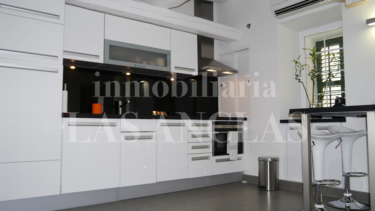 fully fitted kitchen - flat / apartment in Dalt Vila Ibiza for sale