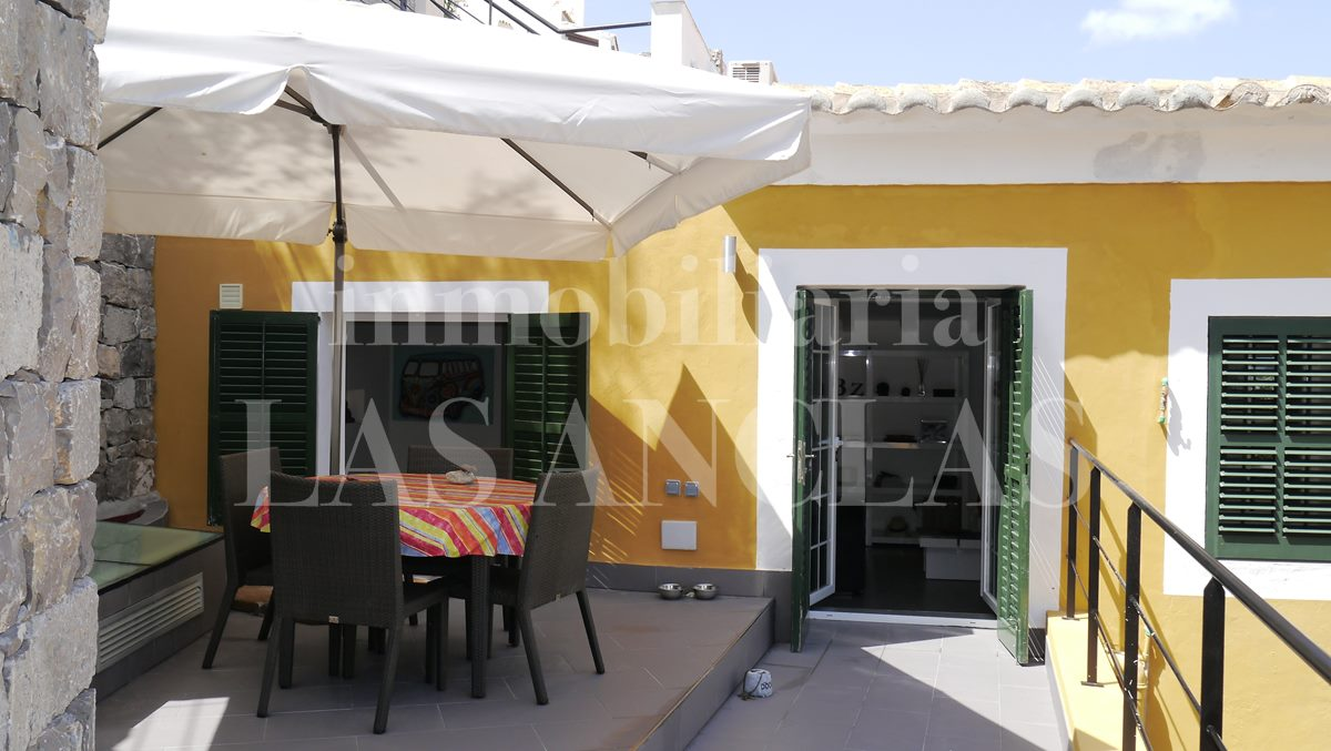 protected terrace in front of living and bedrooms - flat / apartment in Dalt Vila Ibiza for sale