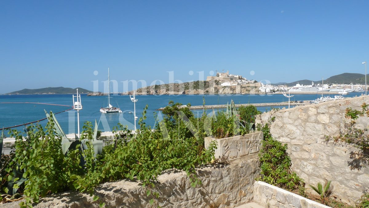 Ibiza Illa Plana - Sea front house with 2 living units and views to Dalt Vila & the harbour for sale