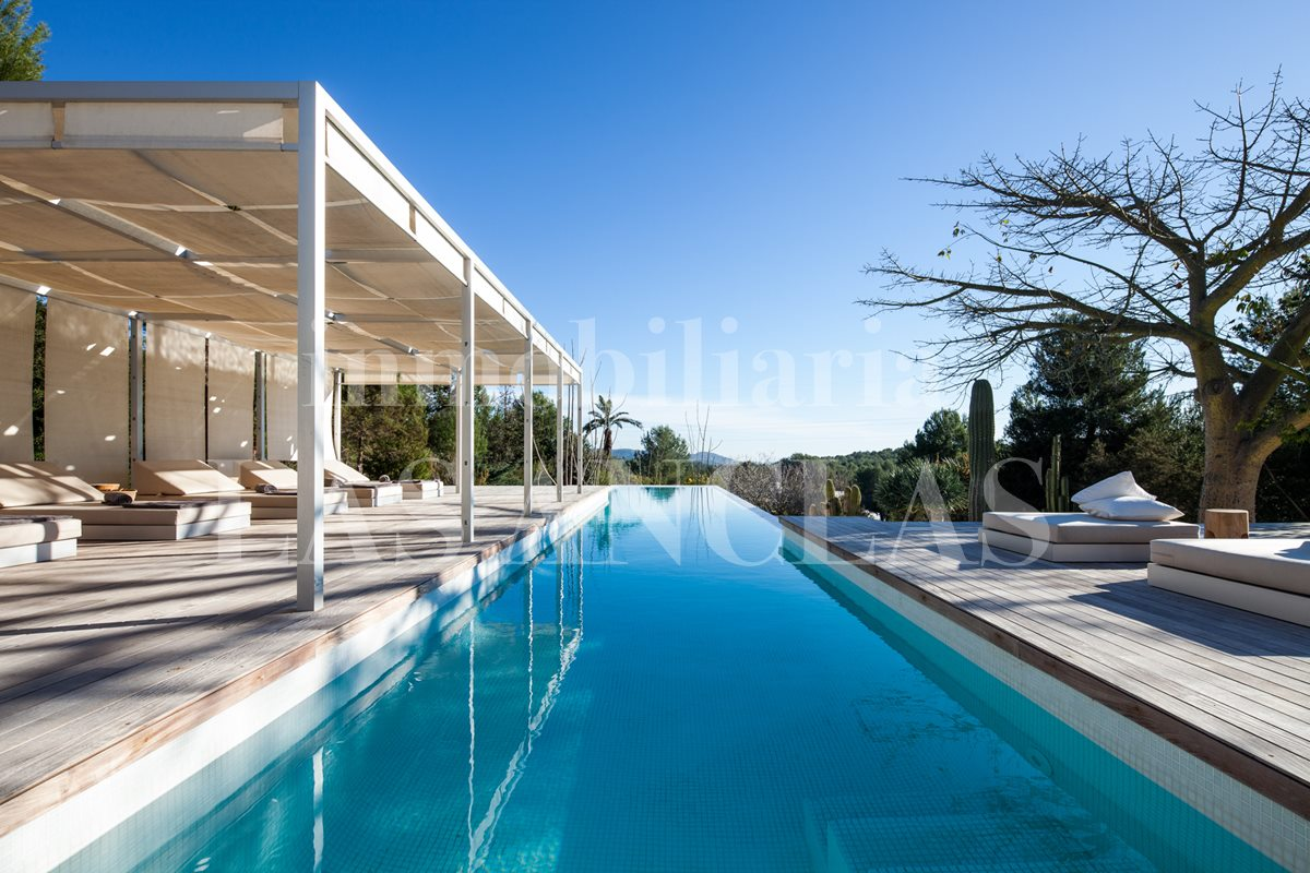 Ibiza Santa Gertrudis - Luxury designer villa with with touristic rental license and sea views for sale