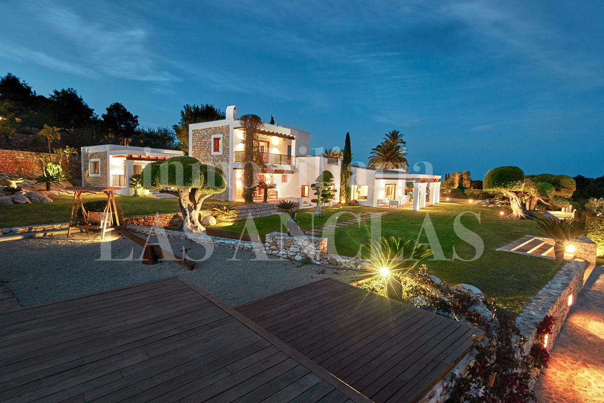 Ibiza Jesús - Stately luxury country estate with 10 bedrooms and majestic sea views for sale