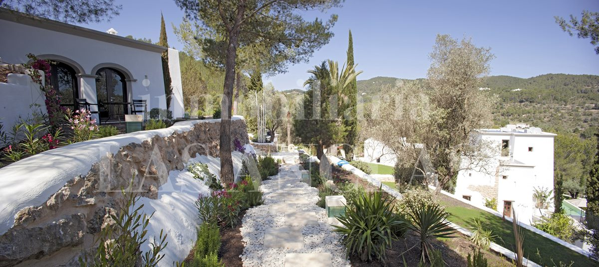 Ibiza San Juan - Unique mansion with 2 pools for lovers of luxury and tranquility for sale