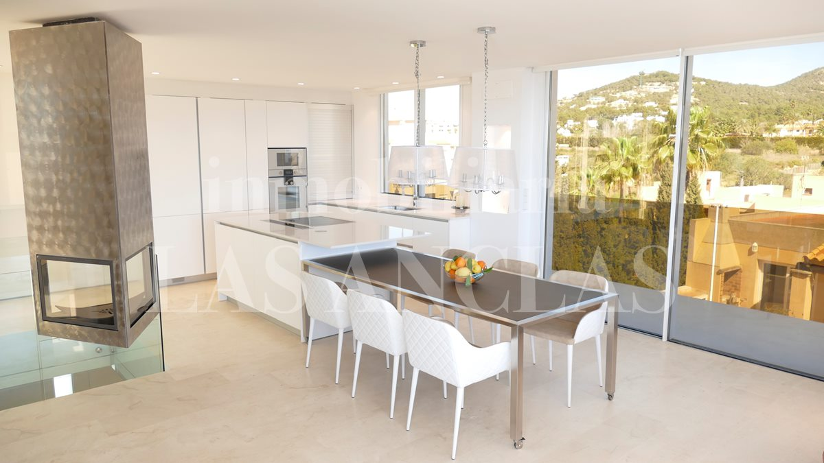 Ibiza Talamanca - Exclusive, very impressive 2-storey penthouse flat with sea views for sale