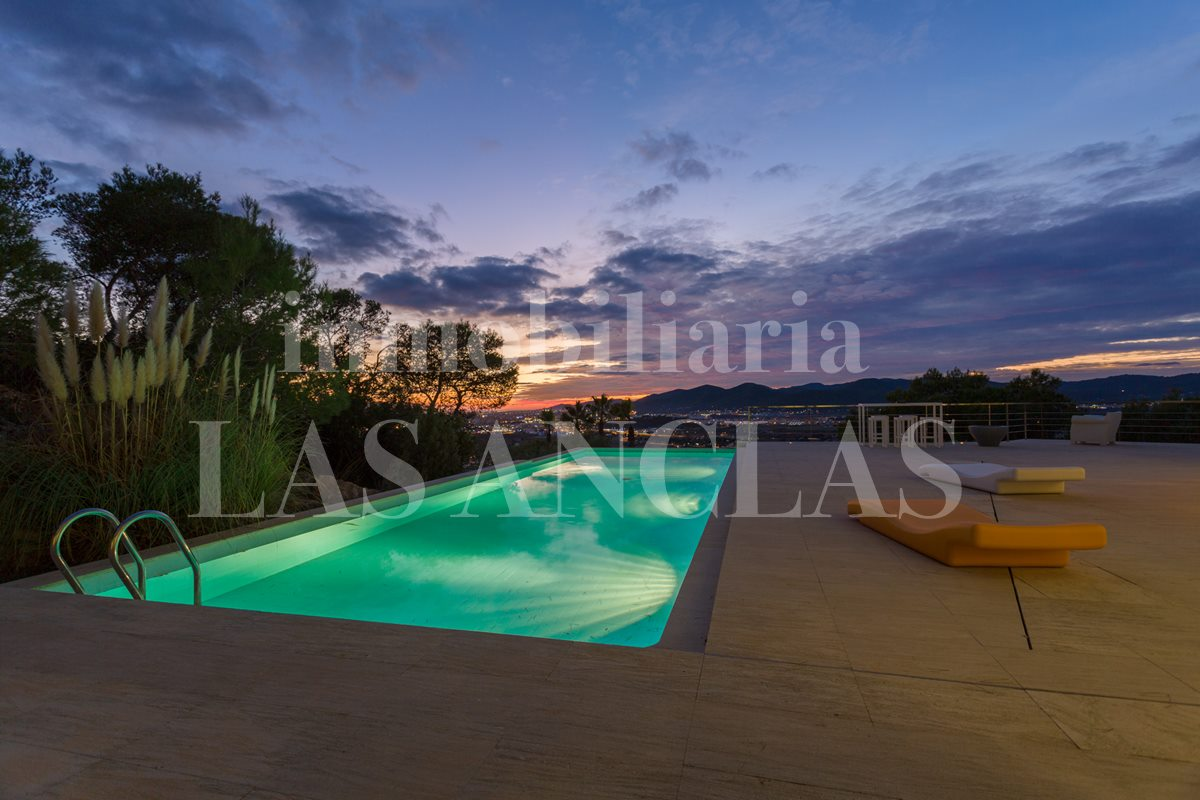 Ibiza Talamanca - Spacious luxurious villa with panoramic views to Dalt Vila for sale