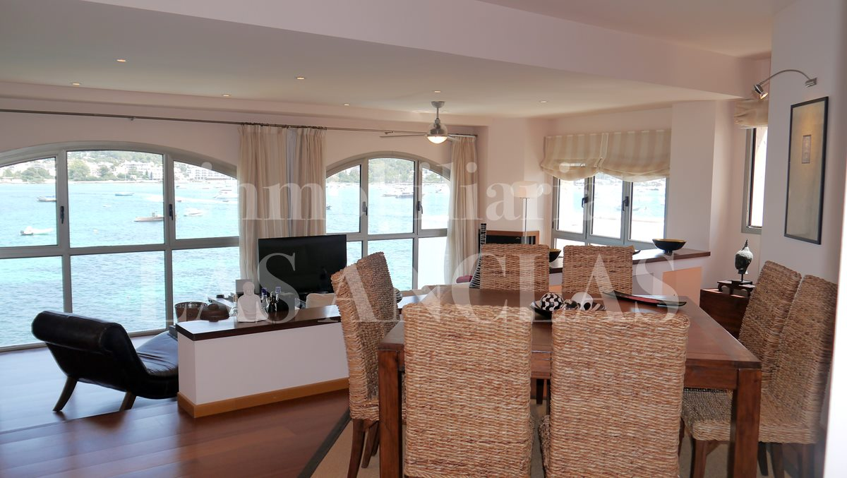 Ibiza Illa Plana - Direct access to the sea! Exceptional semidetached house on seafront for sale