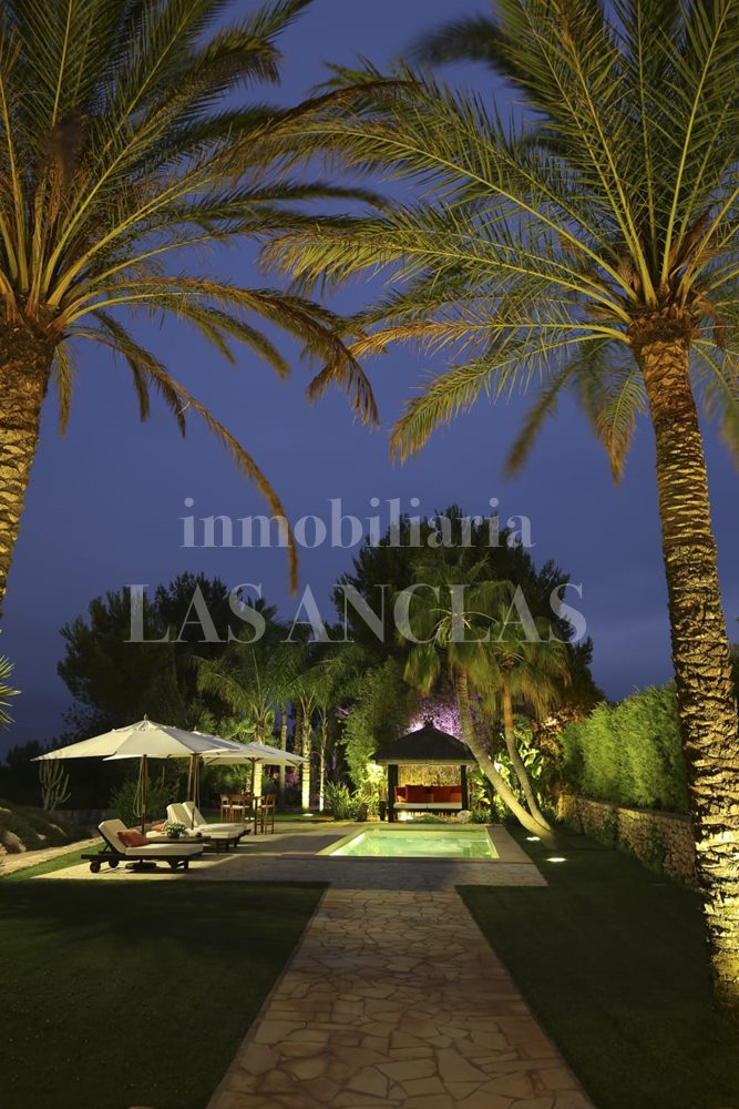 Beautifully illuminated garden - luxury villa in Santa Gertrudis Ibiza for sale