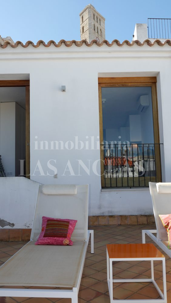 Ibiza Dalt Vila - A piece of history! Refurbished apartment in the middle of Dalt Vila for sale