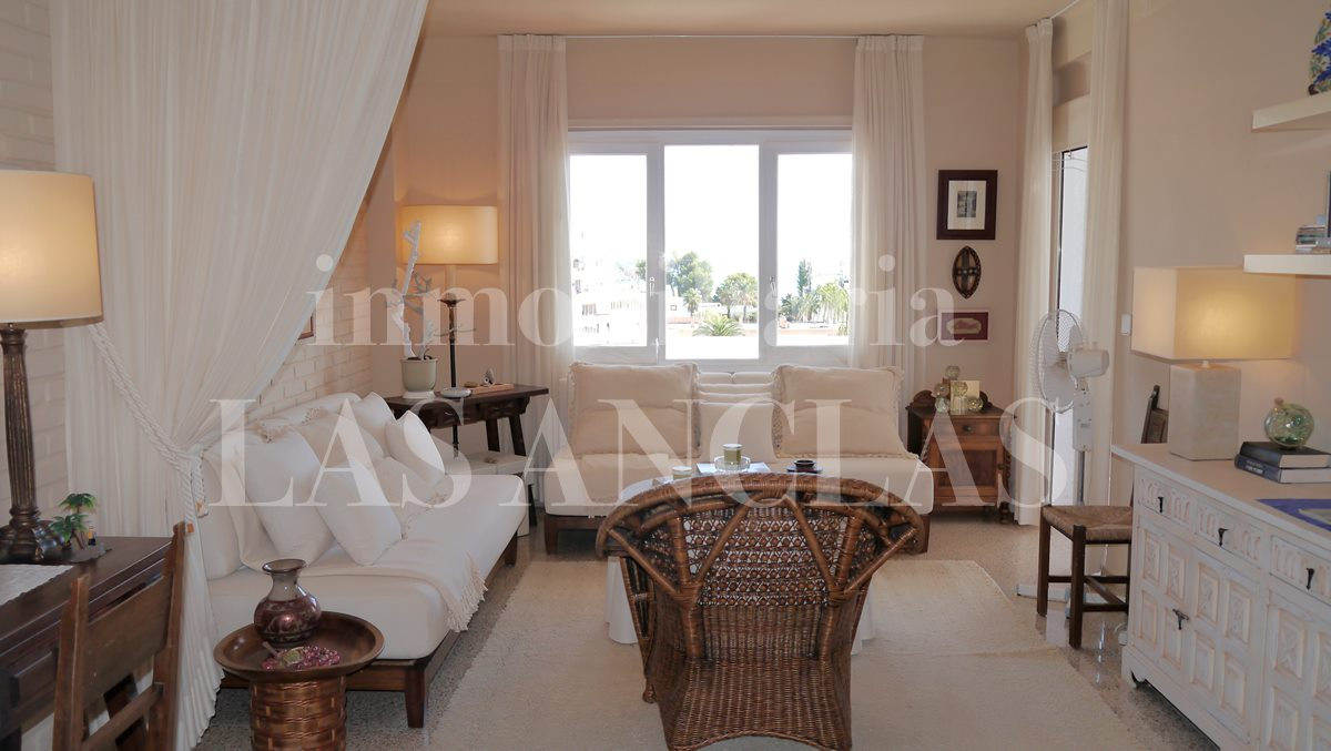 Ibiza Siesta - Sunny apartment with pretty sea views and large communal pool for sale