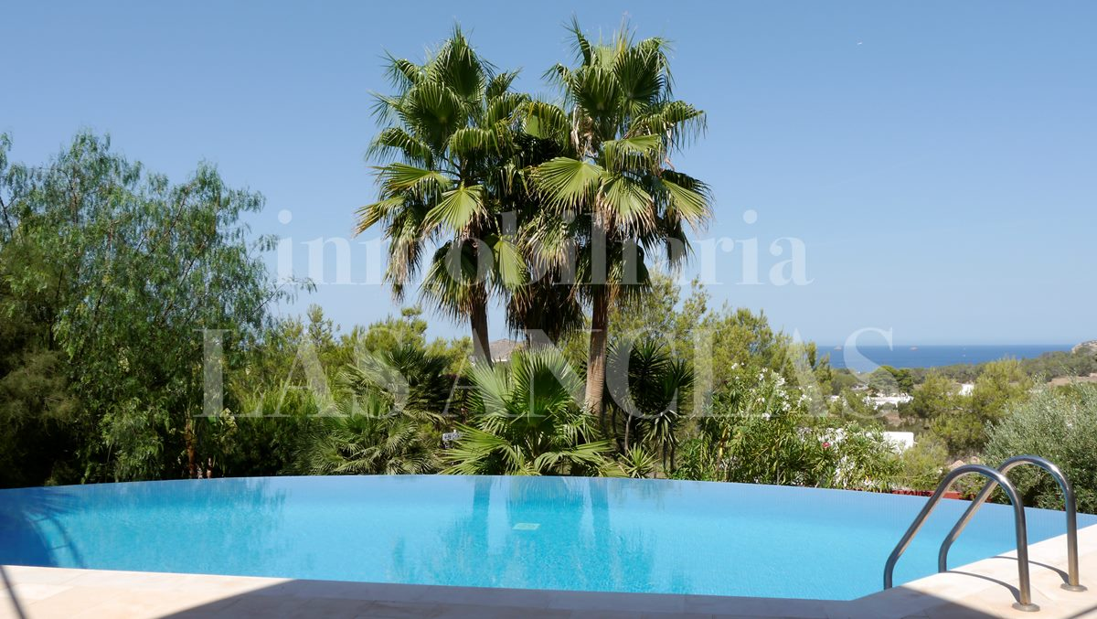 Ibiza San José - Attractive villa with wonderful sea views and romantic sunsets for sale