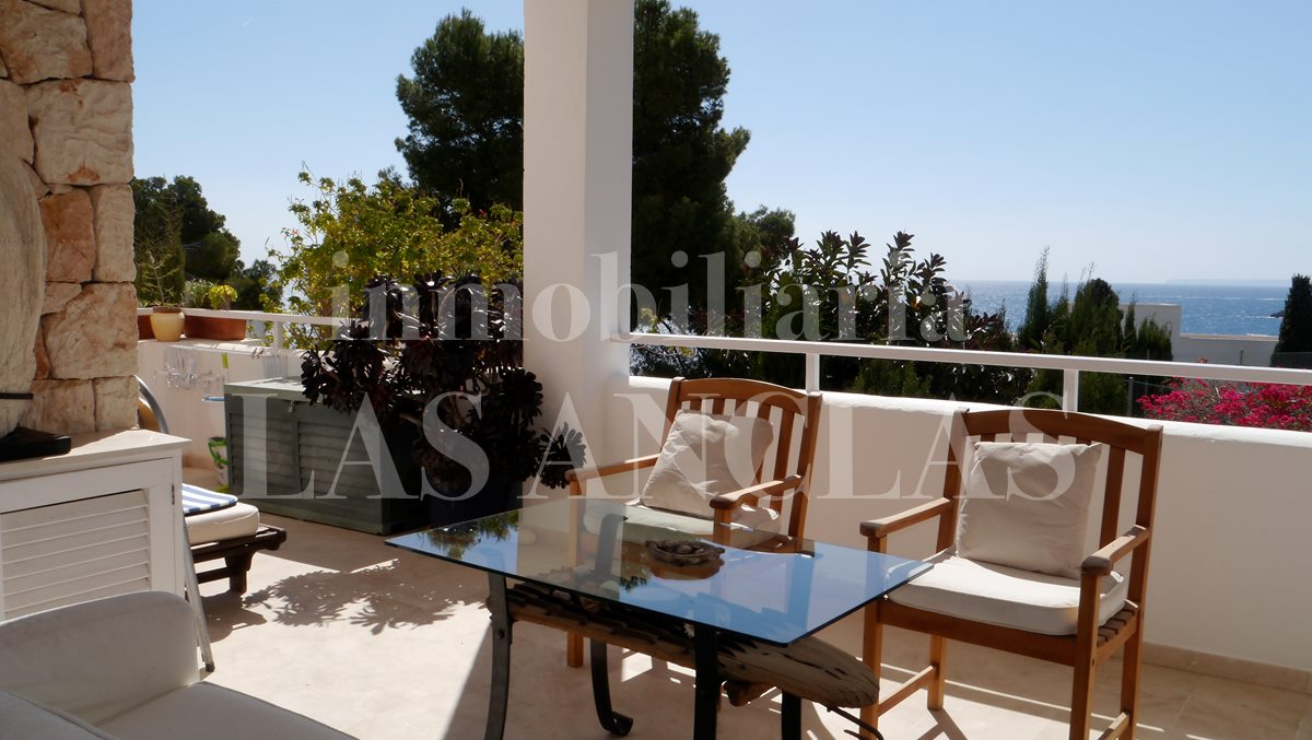 Flat with sunny south oriented terrace to sell - flat / apartment near golf course Ibiza for sale