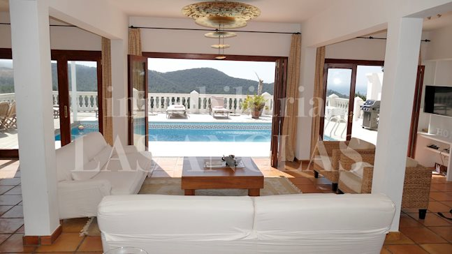 Ibiza Can Furnet - Touristic rental license! Large villa with 8 bedrooms and splendid views for sale