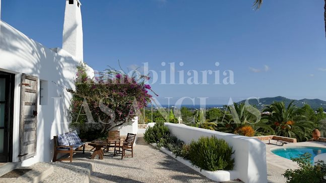 Ibiza San Lorenzo - Luxury farm house with great history and fabulous views to the sea for sale