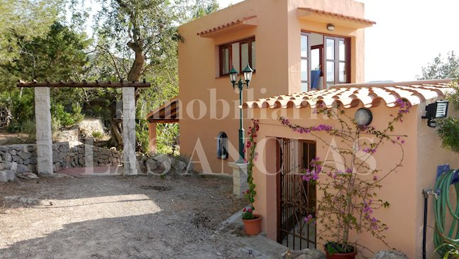 Ibiza San José - Rustic house with a lot of privacy and landscape views to buy