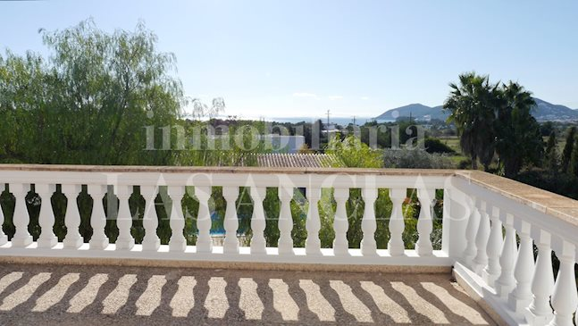 Ibiza Santa Eulalia - Spacious house with rental license, distant sea views and great potential to buy