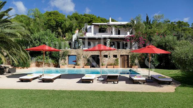 Ibiza Talamanca - Oasis of pure relax and tranquility! Luxury finca in very exclusive location to buy