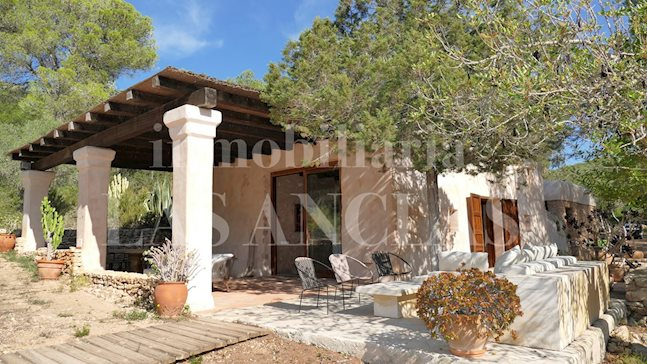 Ibiza Santa Gertrudis - Enchanting natural stone villa in idyllic surroundings with a lot of privacy for sale