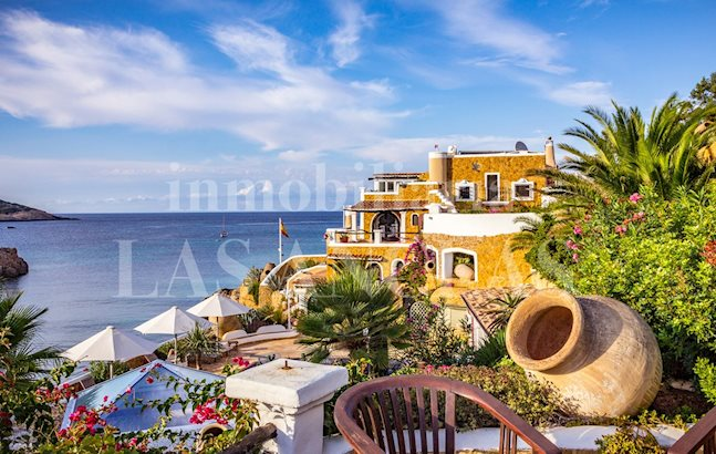 Ibiza San Juan - Unique sea front mansion with rental license and direct beach access for sale
