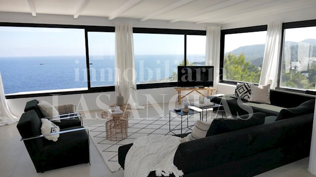 Ibiza Santa Eulalia - Modern villa with guest studio and spectacular sea and coastal views for sale