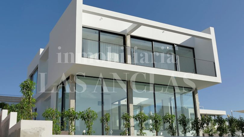 Ibiza Talamanca - Brand new, modern, high-quality villa in demanded location for sale