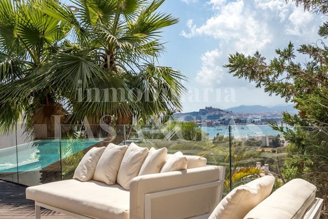 Ibiza Talamanca - Modern luxury villa with guest flat and views of sea/harbour/Dalt Vila for sale
