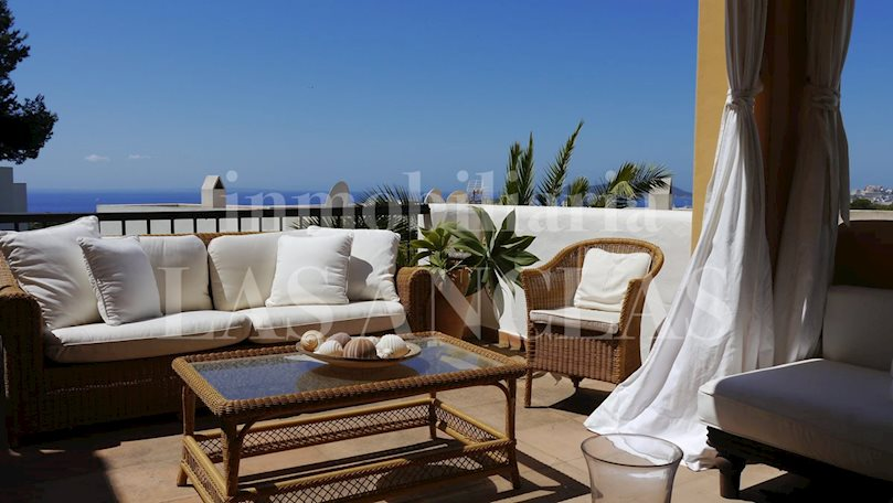 Ibiza Talamanca - Elegant, spacious terraced house with sea views and private garden to buy