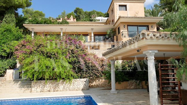 Ibiza Jesús - Classic villa with views of the sea and Dalt Vila perfect for large families to buy