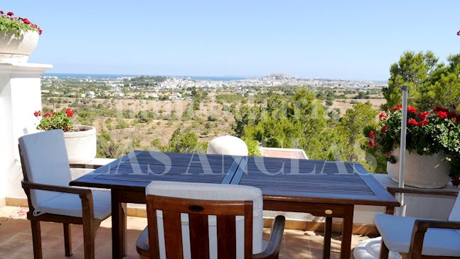 Ibiza San Rafael - Countryhouse-style villa with spectacular views of the sea and Dalt Vila for sale