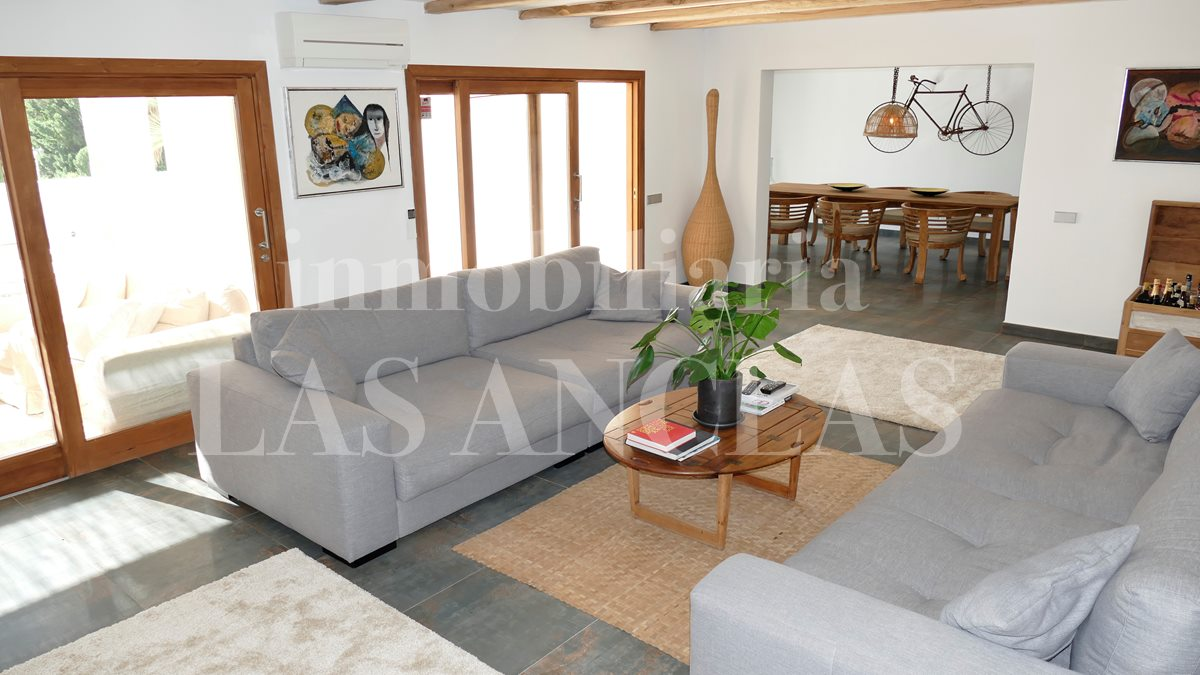 between Ibiza & San José - Elegant and ample luxury villa with sea views and touristic rental license for sale